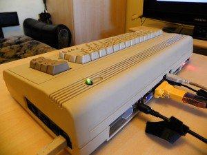 Skręcony i włączony C64ITX